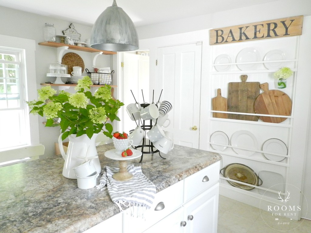 Antique Breadboards for a Farmhouse Kitchen | Rooms FOR Rent Blog