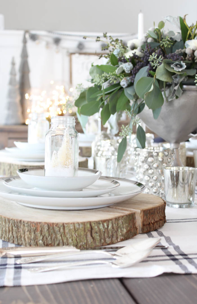 Festive Christmas Tablescape   Rooms FOR Rent Blog