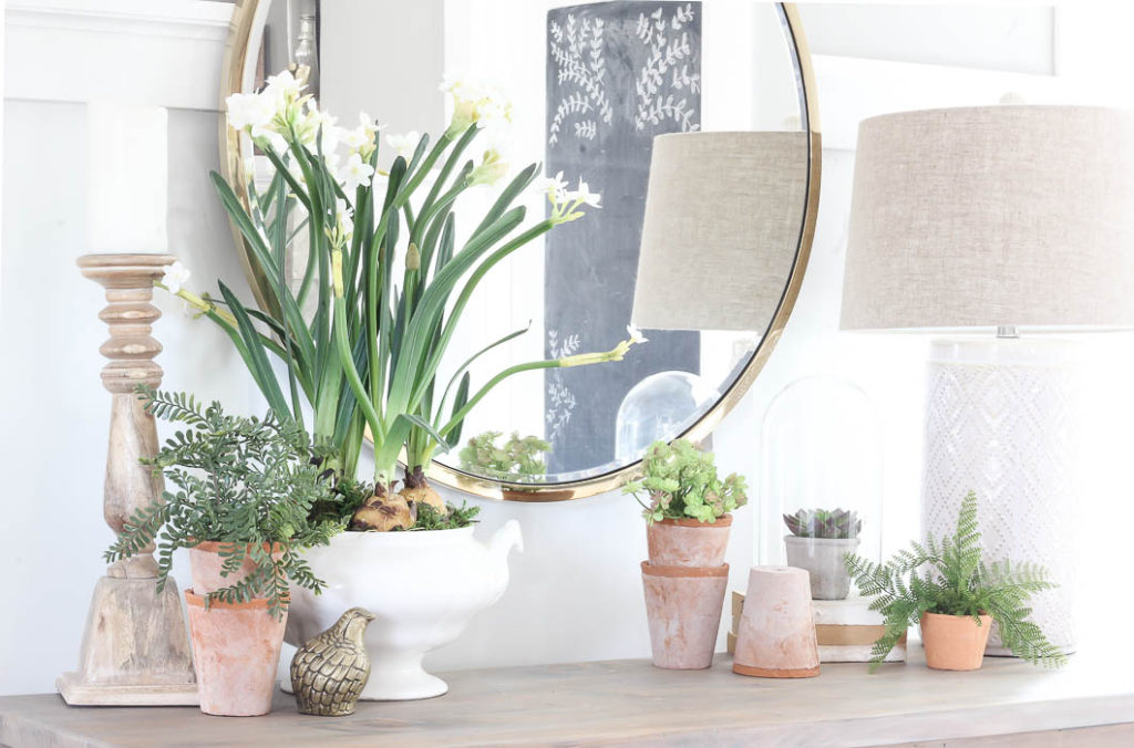 Spring Vignette {2018} | Rooms FOR Rent Blog