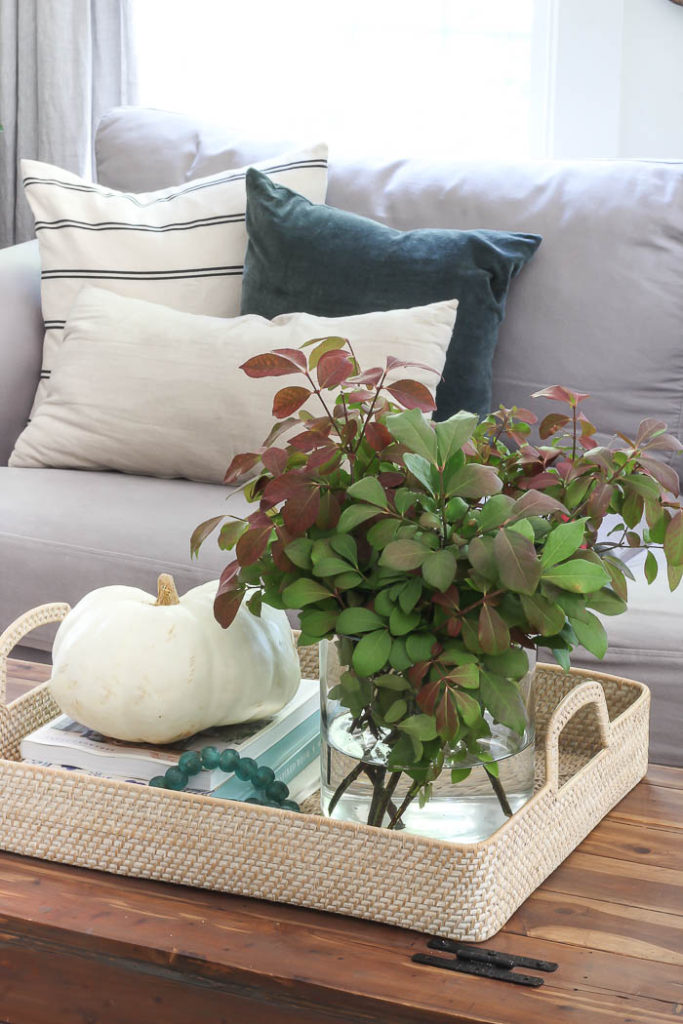 Fall Living Room | Rooms for Rent Blog