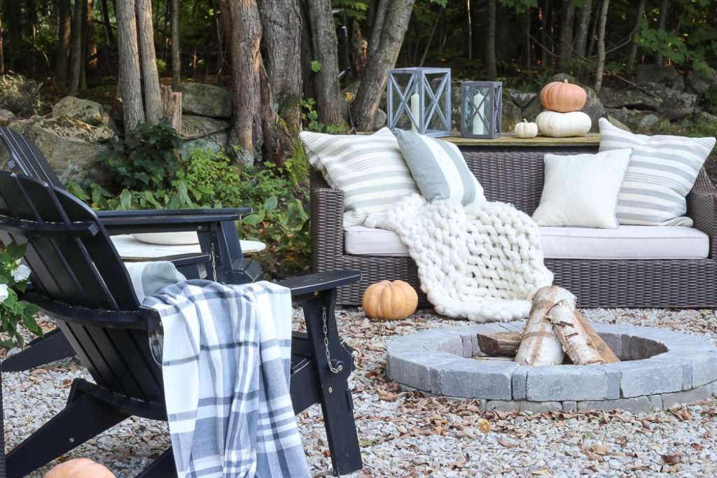 Fall Patio {2018} | Rooms for Rent Blog