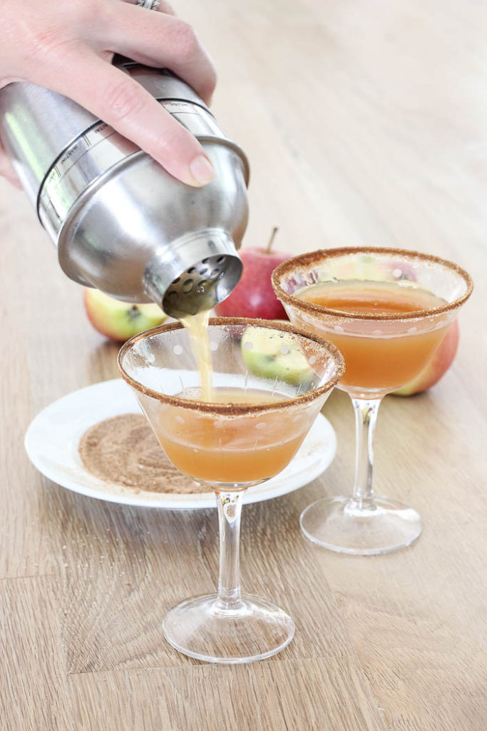 Salted Caramel Apple Cider Margarita | Rooms FOR Rent Blog