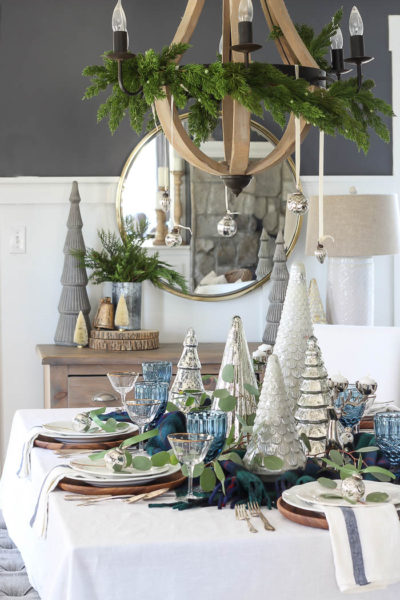 Eclectic Christmas Tablescape | 2018