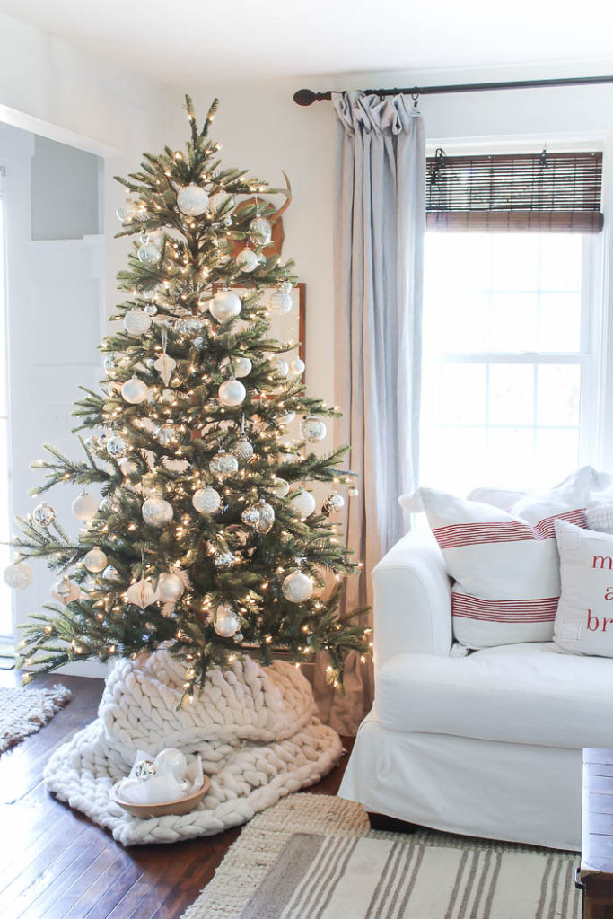 Chunky Knit Tree Skirt Rooms For Rent Blog